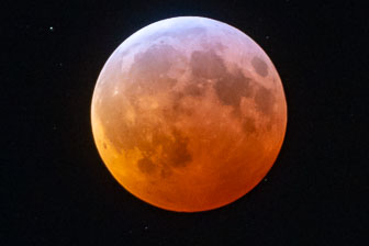 Super Blood Wolf Moon - 2019
